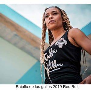Queen Mary viste la camiseta para chicas Red Bull Batalla de los Gallos 2019